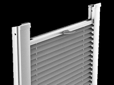 Plisé Uno - detail krycí lišty profilované
