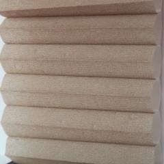 Textilie pro plisé rolety - Basic 0009 / kolekce dvojvrstvého PLISÉ Honeycomb, připomínající včelí plástve
