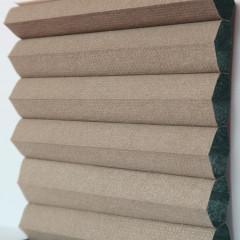 Textilie pro plisé rolety - Blackout Alu 0309 / kolekce dvojvrstvého PLISÉ Honeycomb, připomínající včelí plástve